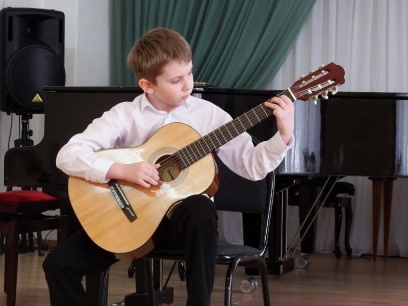 Уроки гитары в Красноярске